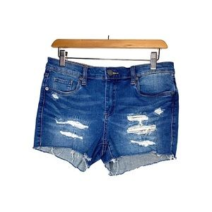 BLANK NYC The Essex Classic Cut-Off Jean Shorts